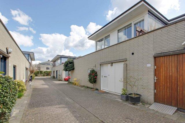 iQ Makelaars AMSTERDAM, L.J.M. Beelstraat
